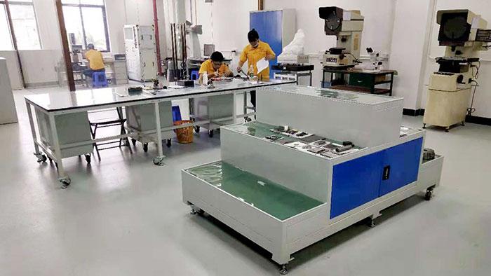 广东润普为泽冠塑胶提供工具柜定制服务